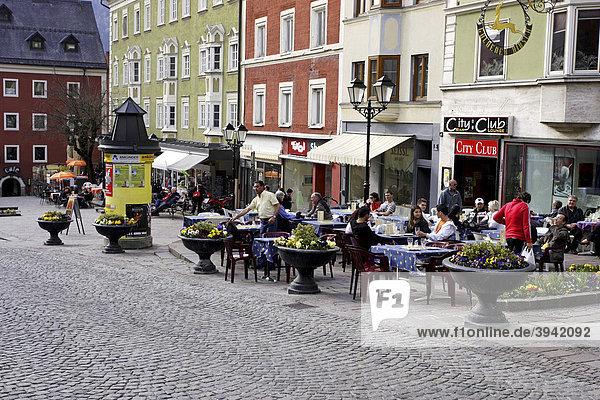 Ganzer Platz  Kufstein  Tirol  Österreich  Europa