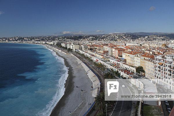 Quai des Etats-Unis und die Baie des Anges gesehen vom Schlossberg  Nizza  DÈpartement Alpes Maritimes  RÈgion Provence Alpes CÙte d'Azur  Südfrankreich  Frankreich  Europa