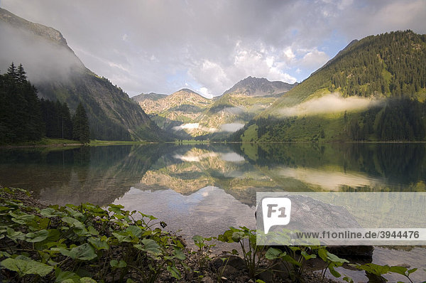 Vilsalpsee  Vilstal  Außerfern  Tirol  Österreich  Europa