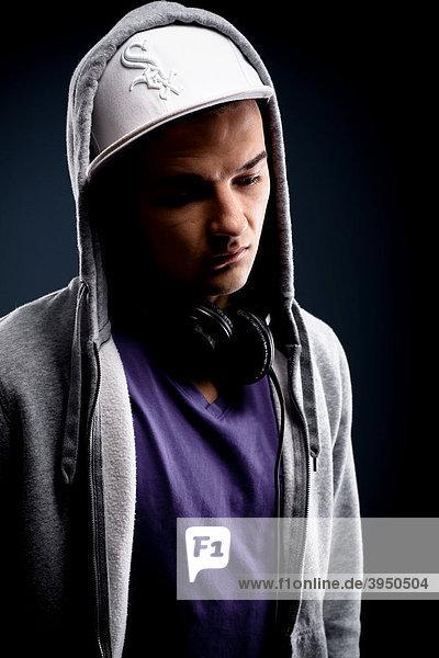 Junger Mann  Urban-Style  Portrait