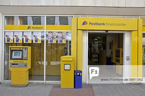 Postbank Finanzcenter in der Fußgängerzone  Duisburg  Nordrhein-Westfalen  Deutschland  Europa Postbank Finanzcenter in der Fußgängerzone, Duisburg, Nordrhein-Westfalen, Deutschland, Europa