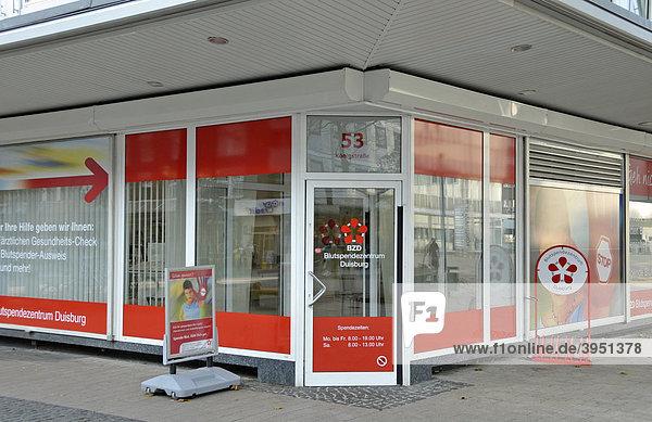 Blutspendezentrum in der Innenstadt von Duisburg  Nordrhein-Westfalen  Deutschland  Europa Blutspendezentrum in der Innenstadt von Duisburg, Nordrhein-Westfalen, Deutschland, Europa