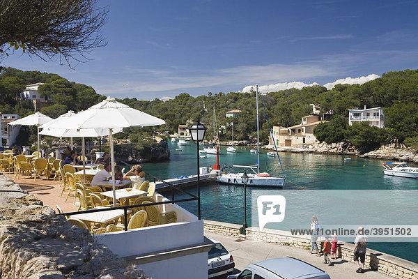 Cafe and harbour of Cala Figuera  Mallorca  Majorca  Balearic Islands  Mediterranean Sea  Spain  Europe