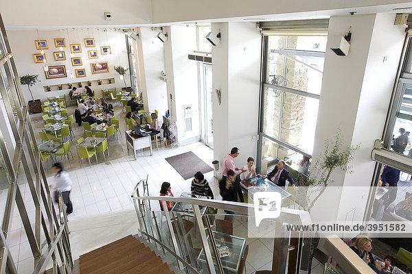 Mondo Cafe im trendigen Restaurant Komplex an der Arch  Makarios Avenue  Nicosia  Zypern  Griechenland  Europa
