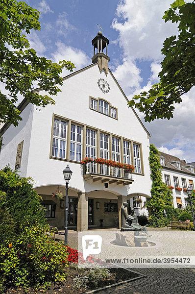 Neues Rathaus  Attendorn  Sauerland  Nordrhein-Westfalen  Deutschland  Europa