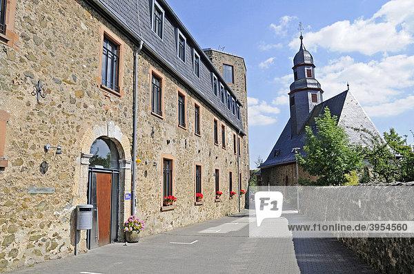 Ehemaliger Fürstensitz  Wehrburg  Jugendburg  Tagungshaus  Hohensolms  Biebertal  Wetzlar  Hessen  Deutschland  Europa