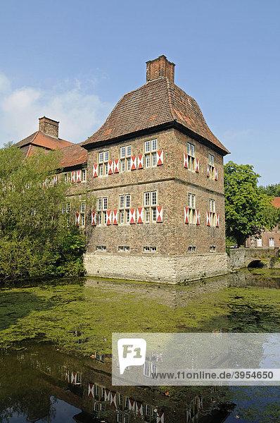 Schloss Oberwerries  Wasserschloss  Hamm  Münsterland  Nordrhein-Westfalen  Deutschland  Europa