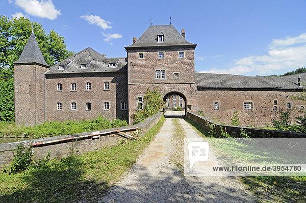 Schloss Kellenberg  Wasserschloss  Barmen  Jülich  Kreis Düren  Nordrhein-Westfalen  Deutschland  Europa