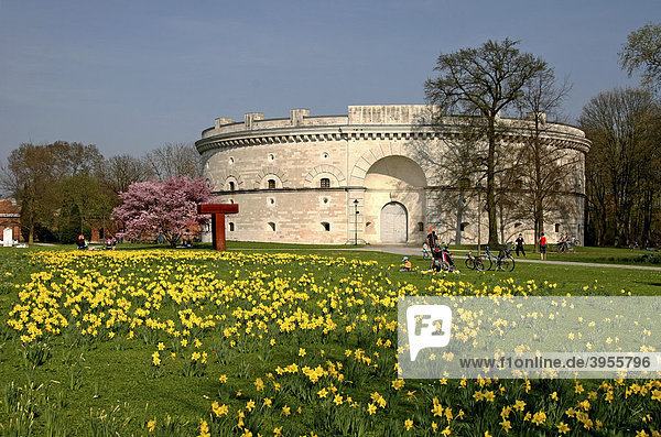Turm Triva  Festungsanlage  Klenzepark  Ingolstadt  Bayern  Deutschland  Europa