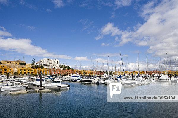 Yachthafen  Marina von Portimao  Algarve  Portugal  Europa