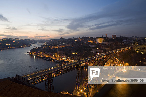 Dom Luis brigde at night  Porto  Portugal  Europe