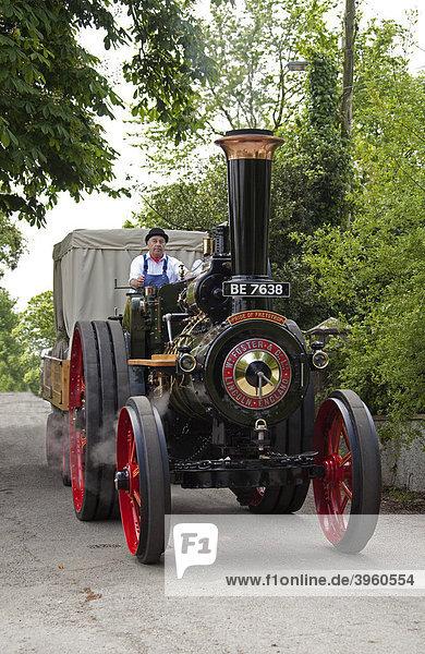 Dampfmaschinen-betriebener Traktor Pride of Freystrop
