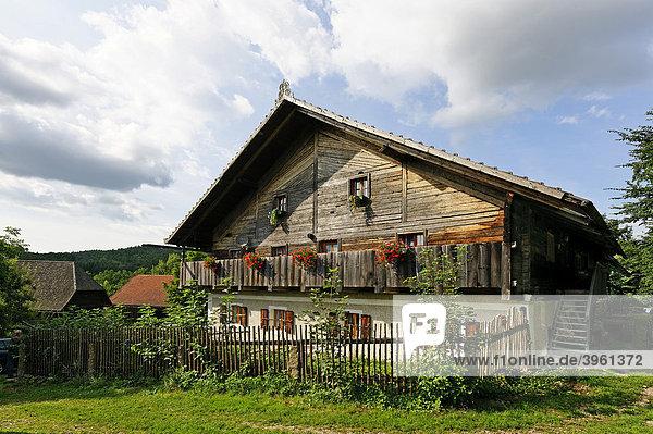 Bauernhaus in Trasching  Bayerischer Wald  Oberpfalz  Bayern  Deutschland  Europa
