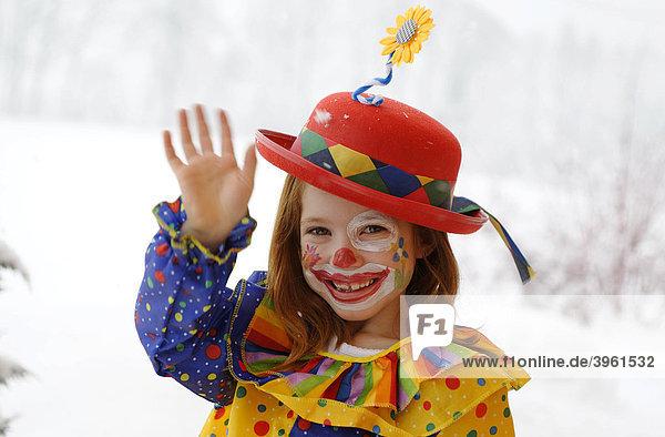 Clown Mädchen im Fasching Karneval Verkleidung Kostüm