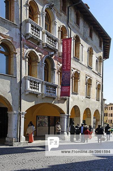 Corso Vittorio Emanuele  Pordenone  Friaul-Julisch Venetien  Italien  Europa