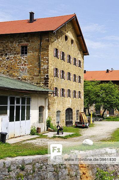 Ehemalige Eisenhütte Achtal bei Teisendorf  Oberbayern  Bayern  Deutschland  Europa