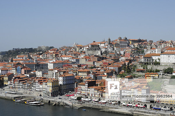 Old Town Ribeira district  Porto  North Portugal  Europe