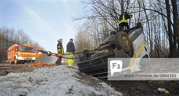 Rescue squad salvaging a vehicle after a severe traffic accident on L 1150  Esslingen  Baden-Wuerttemberg  Germany  Europe