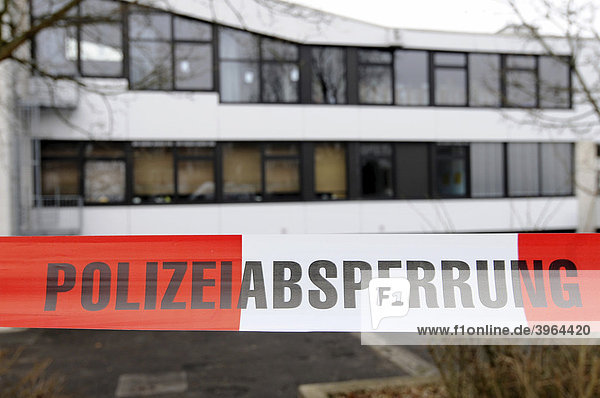 Rampage at Albertville Realschule school  the day after  police cordon  Winnenden  Baden-Wuerttemberg  Germany  Europe