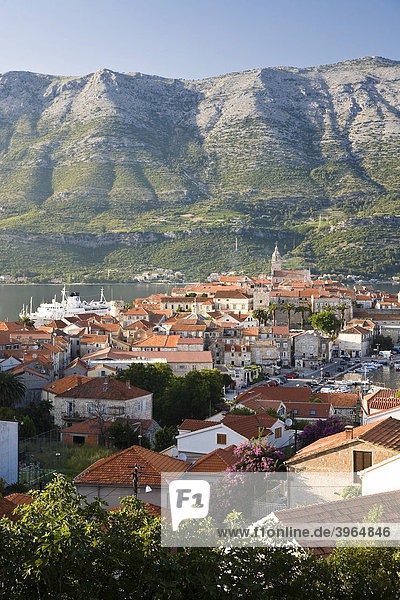 Stadtansicht auf Korcula  Insel Korcula  Dubrovnik Neretva  Dalmatien  Kroatien  Europa