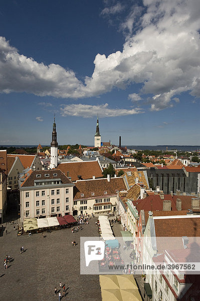Townhall Square and view of the city from the townhall tower  Raekoja plats  Tallinn  Estonia  Baltic States
