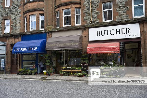 Geschäfte mit Markisen  Campbeltown  Isle of Mull  Schottland  Großbritannien  Europa