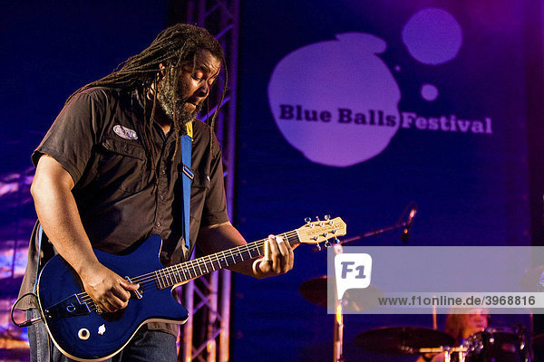 US blues musician Alvin Youngblood Hart performing live at Blue Balls Festival  Pavillon am See  lakeside pavilion  Lucerne  Switzerland  Europe