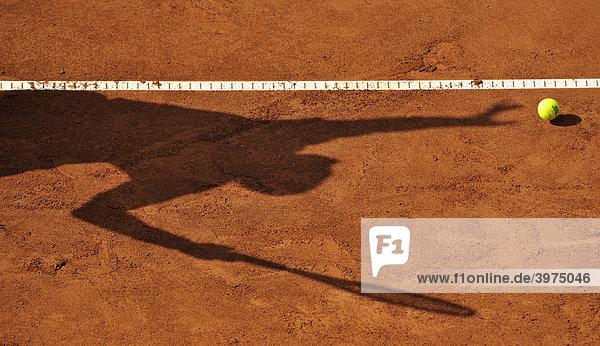 Tennis  Schattenspiel  Aufschlag
