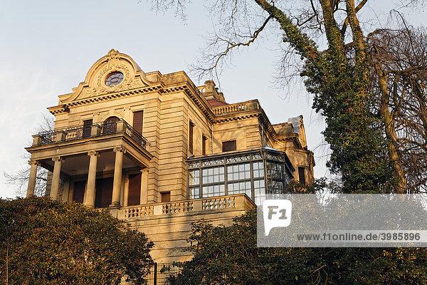 Historische Villa Josef Thyssen  Thyssen Park  Mühlheim an der Ruhr  Nordrhein-Westfalen  Deutschland  Europa