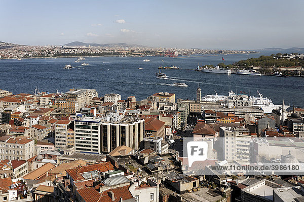 Panoramic view from the Galata Tower over the rooftops of Beyoglu on the Bosporus and Golden Horn  Beyoglu  Istanbul  Turkey