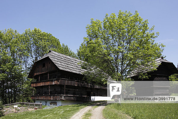 Bauernhaus Kramer  18. Jh.  Kärntner Freilichtmuseum in Maria Saal  Kärnten  Österreich  Europa