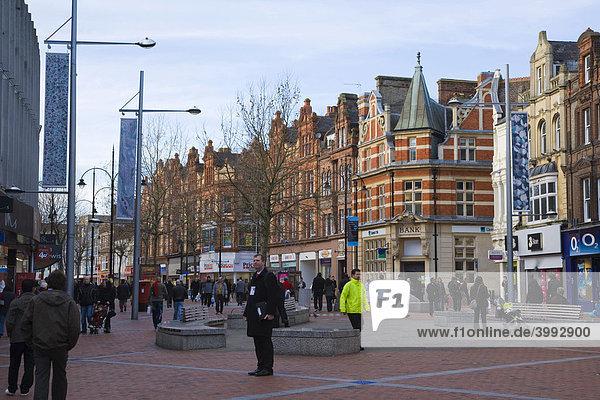Broad Street Straße  Reading  Berkshire  Vereinigtes Königreich  Europa