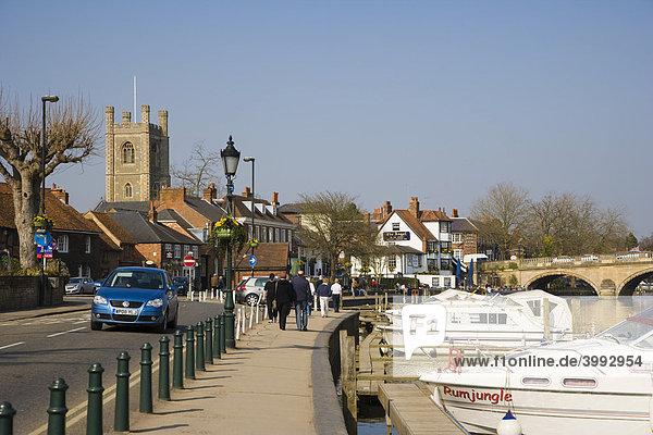Henley Bridge and Thames Side  Henley-on-Thames  Oxfordshire  England  United Kingdom  Europe