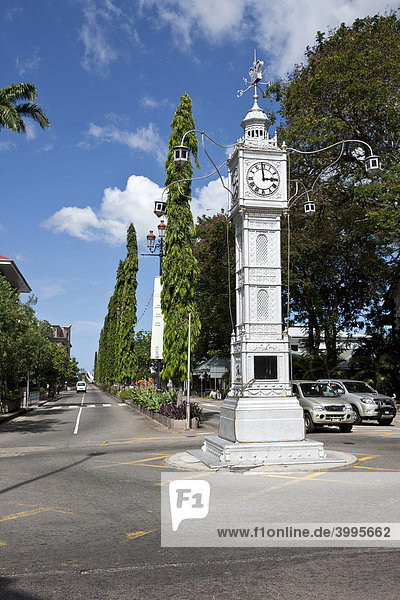 Der Clock Tower in der Albert Street Ecke Independence Avenue  Hauptstadt Victoria  Insel Mahe  Seychellen  Indischer Ozean  Afrika