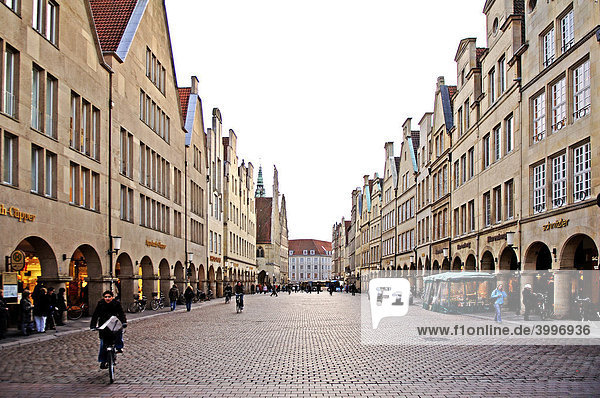 Shopping street with old  gabled houses  Muenster  Westphalia  Germany  Europe