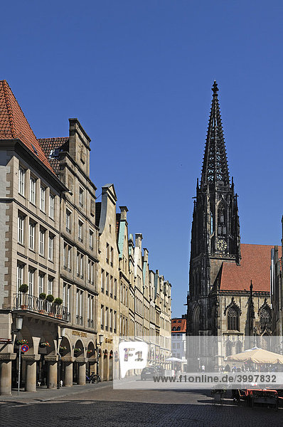 Old gabled houses with arcades,  in the back the Lambertikirche church,  Muenster,  North Rhine-Westphalia,  Germany,  Europe