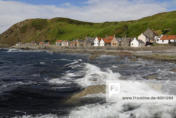 Fischerdorf Crovie an der schottischen Nordküste  Schottland  Großbritannien  Europa