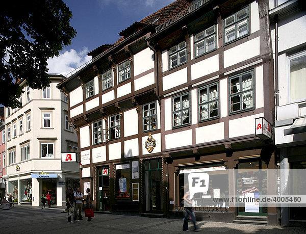 Fachwerkhäuser in der Innenstadt  Göttingen  Niedersachsen  Deutschland  Europa