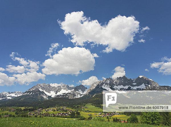 Going mit Wilder Kaiser  Panorama  Tirol  Österreich  Europa