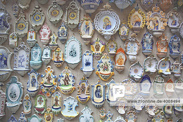 Souvenirverkauf in Assisi  Umbrien  Italien  Europa