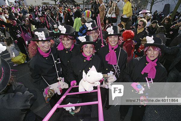 Karneval  Schwerdonnerstag in Weitersburg  Rheinland-Pfalz  Deutschland  Europa