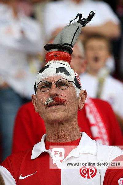 Fan-Original Willi Dietrich  Fußball-Bundesliga 3. Spieltag: FSV Mainz 05 - FC Bayern-München im Bruchwegstadion  Mainz  Rheinland-Pfalz  Deutschland  Europa