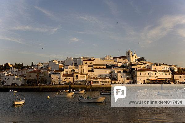 Fischerdorf  Ferragudo  Algarve  Portugal  Europa