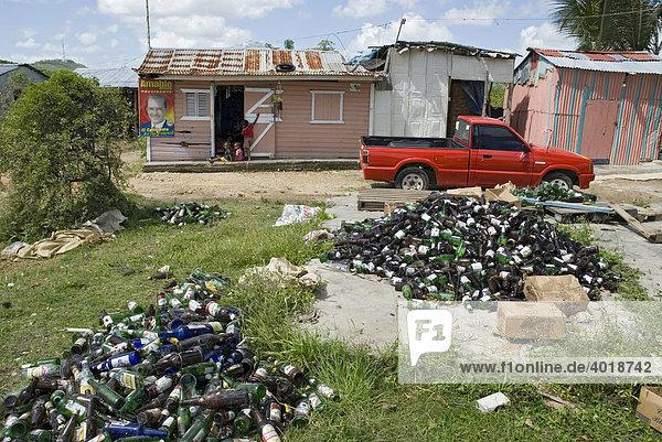 Mülltrennung in der Karibik  Punta Cana  Dominikanische Republik  Mittelamerika