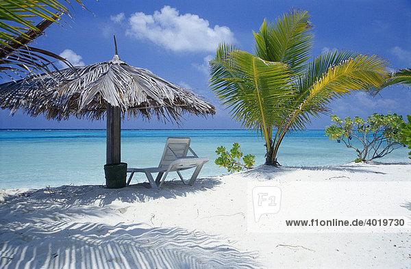 Blauer himmel indischer ozean liegestuhl malediven for Sonnenschirm indisch