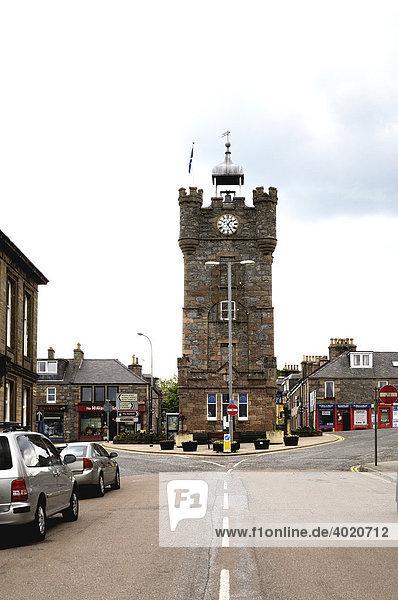 Historischer Turm in Dufftown  Schottlands Whisky-Hauptstadt  Beginn des ausgeschilderten  rund 100 km langen Malt Whisky Trails zu den berühmtesten Destillen  Schottland  United Kingdom  Europa