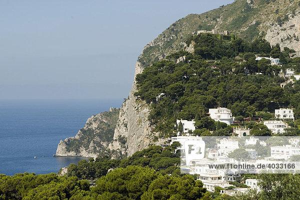 Steilküste  weiße Häuser  Insel Capri  Kampanien  Süditalien  Italien  Europa