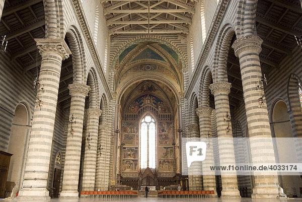 Dom  innen  Orvieto  Umbrien  Italien  Europa