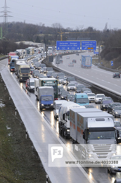 Traffic holdup on the A8  traffic heading toward Munich between AS Kirchheim/Teck-Ost and Aichelberg  view of traffic heading towards Stuttgart  Kirchheim/Teck  Baden-Wuerttemberg  Germany  Europe