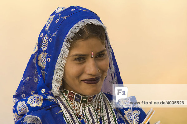 Rajput woman  Jaisalmer  Thar Desert  Rajasthan  India  South Asia